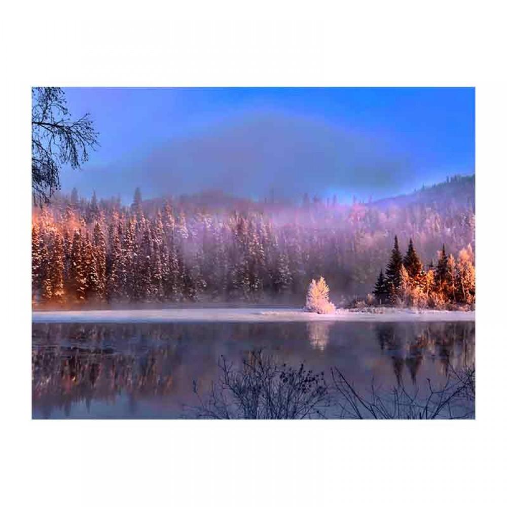 Θέα της παγωμένης λίμνης